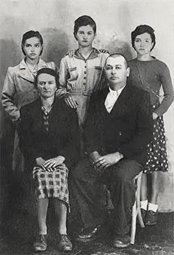 cardinali-family_r72