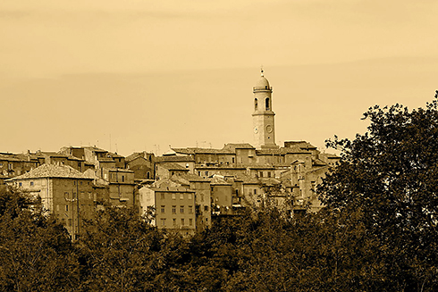 Petritoli-Marche-wikimedia-r72